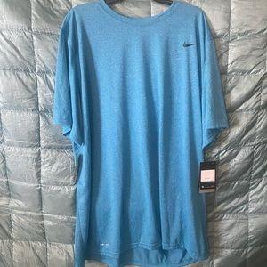 NWT Mens Nike Dry Fit tee Sz 3XL. Retail $25